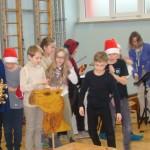 Weihnachtsaufführung  der 1A und 1B in der Volksschule Auen