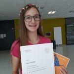 Landessiegerin bei der Mathematik-Olympiade: Emilia Smetana (3A)